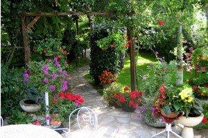 Un jardin particulier… dans Capture jardin-magazine-524552-300x200