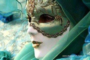 Etre dans Poèmes..... masques-carnaval-venise-4-vert-veronese-bleu-l-11-300x200