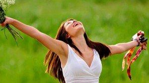 femme-joie-guerison-spirituelle-600x337-min